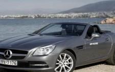 Η νέα Mercedes-Benz SLK 200 BlueEFFICIENCY
